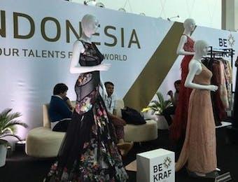 Batik Hijrah ke Arab Fashion Week, Showroom Indonesia jadi Ramai Pengunjung