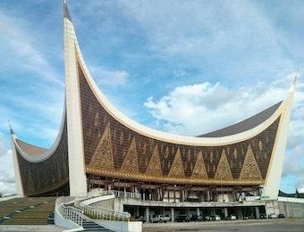 Top 10 Masjid Unik di Asia Tenggara