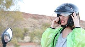 Go-Jek Girl, Wanita Australia yang Jatuh Cinta Pada GO-JEK