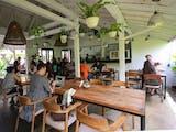 Gambar sampul Warung Bali di Kamboja Jadi Primadona