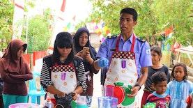 Kembangkan Kekayaan Laut, Pelabuhan Perikanan Ternate dan Gerakan Pemuda Penggerak Desa Ajarkan Membuat Olahan Makanan dari Ikan