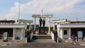 Boso Suroboyoan : Bahasa Jawa dengan Keunikan Jawa Timur