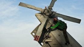 Anak Bangsa ini Merancang, Membuat, sekaligus Menerbangkan Helikopter