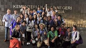 Kemenlu Ajak Pelajar Internasional Belajar Seni dan Budaya Indonesia