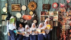 Membimbing Generasi Muda dengan Berkarya di Mari Blajar Gallery