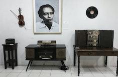 "Kusbini, Seniman Keroncong Pencipta Lagu ""Bagimu Negeri"""