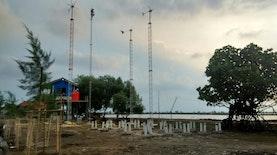 Bungin: Secercah Harapan di Tengah Abrasi Pantai Bekasi