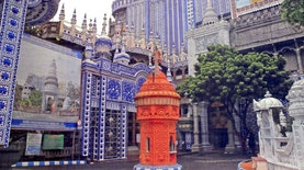 Masjid Ajaib di Malang. Whoaa !