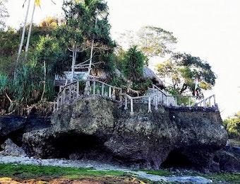 Pondok Santai Tanjung Watukrus, Menyulap Batu Karang Jadi Destinasi Wisata