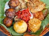 Gambar sampul Ragam Sajian Nasi Khas Sunda, Ada Tutug Oncom Hingga Jamblang
