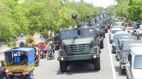 Pemanasan Meriam Tercanggih Indonesia: Jalan-jalan Keliling Ngawi
