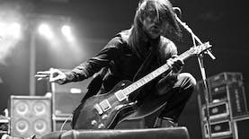 Kisah Gitar buatan Sidoarjo yang Laris di Amerika Serikat