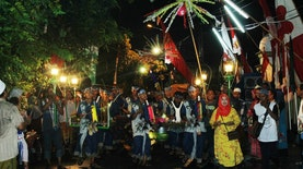 Kirab Muharram, tradisi Jawa masyarakat Muslim Tenggilis Lama