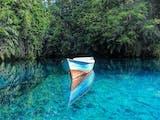 Gambar sampul 8 Danau Cantik di Indonesia dengan Warna Biru yang Menawan. Wajib untuk Dikunjungi!
