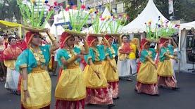 Parade ASEAN 50 Disambut Antusias oleh Masyarakat