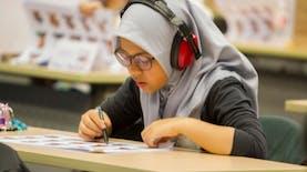 Ditengah-tengah Kabar Duka, Siswi SMPN Asal Sulawesi Tengah Ini Raih Dua Medali di Singapura