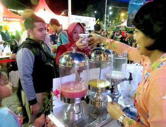 Batu Street Food Festival: Baguette Rendang, Seperti Apa?