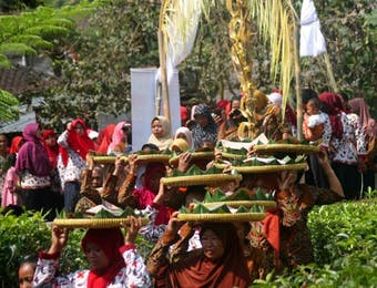 Tradisi Ucap Syukur Ala Petani di Karanganyar
