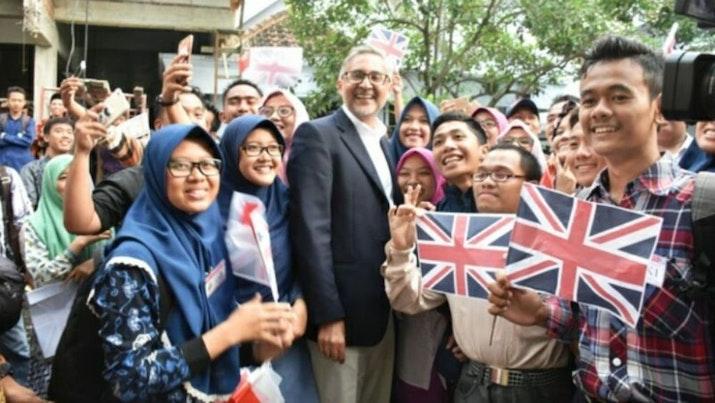 Kagum dengan Kampung Inggris Pare, Dubes Inggris Berniat dirikan Kampung Indonesia di Inggris