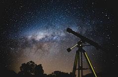Tempat yang Cocok Untuk Stargazing dan Memotret Galaksi