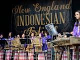 Gambar sampul Ribuan Orang Menikmati Indonesia di Boston