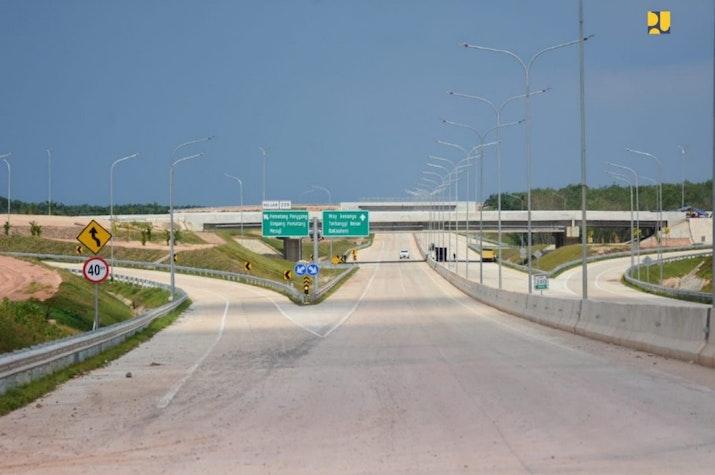 Jalan Tol Terpanjang di Indonesia akan diresmikan Agustus Nanti