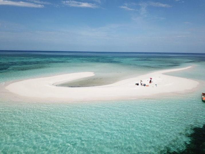 Pulau Merah Muda Imut yang Bisa Muncul dan Tenggelam Sewaktu-waktu