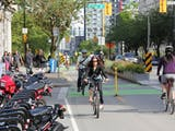 Gambar sampul Bike Sharing, Transportasi Masa Depan yang Ramah Lingkungan