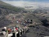 Gambar sampul Tangga Kawah Bromo, Saksi Sejarah Kunjungan Pelancong Eropa Sejak Masa Kolonial