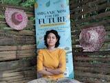 Gambar sampul Kiprah Maya Stolastika Menyebarkan Semangat Bertani Organik kepada Pemuda