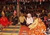 Tradisi Berbalas Pantun Jadi Teman Bergotong Royong di Minangkabau