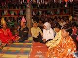 Gambar sampul Tradisi Berbalas Pantun Jadi Teman Bergotong Royong di Minangkabau