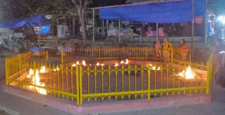 Tak Hanya Api Cinta Sandhy Sondoro, Api di Madura Juga Tak Pernah Padam