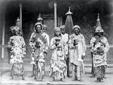 Gambar sampul Ratu Shima, Penguasa Pantura yang Berlakukan Hukum Potong Tangan bagi Pencuri