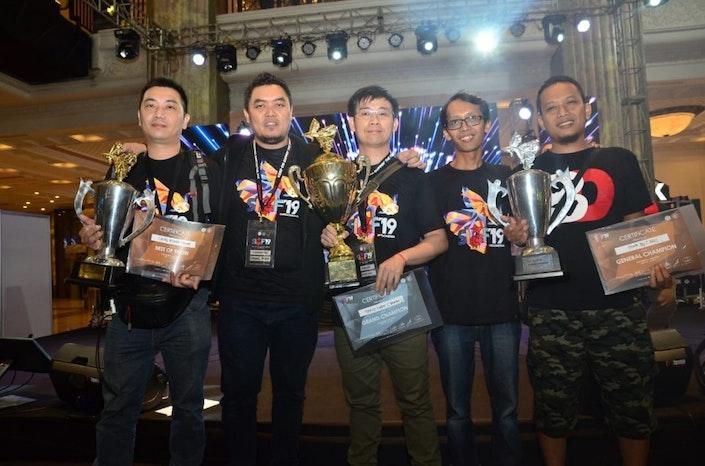 Indonesia Borong Piala di Kontes Ikan Guppy Internasional
