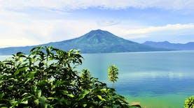 Inilah 9 Danau Terbesar Di Indonesia