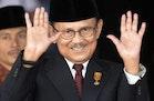 """Pelajaran Berharga Bangsa: Meninggalnya """"Rudy"""" BJ Habibie"""
