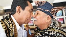 Satu – Satunya di Dunia, Tradisi Unik ini Hanya Ada di Nusa Tenggara Timur