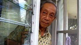 Adik Maestro Sastra Indonesia mendapatkan Penghargaan dari Rusia