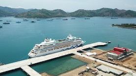 Inilah Kapal Pesiar Pertama yang Bersandar di Pelabuhan Gilimas Lombok