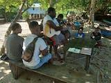 Gambar sampul Upaya Amos Yeninar, Membina dan Menjamin Kesehatan Anak Jalanan Papua saat Pandemi