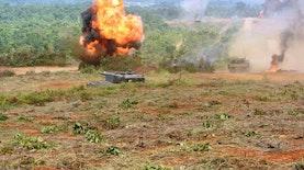 Kemunculan Tank Harimau Hitam di Latihan Tempur TNI