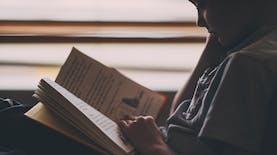 Menggalakkan Literasi untuk Membangun Negeri