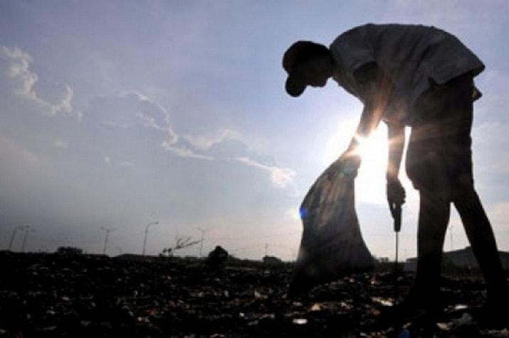 Mahasiswa Pontianak Temukan Solusi Atasi Sampah Kota, Ini Caranya