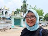 Gambar sampul Annisa Hasanah, Pencipta Ecofunopoly yang Berkeliling ke 31 Negara dalam 7 Tahun