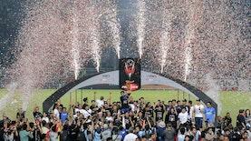 Menggaet Essien, Persib Menjadi Tim Sepak Bola Terbaik Dunia