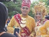 Gambar sampul Mengeksiskan Budaya Arakan Pengantin Melayu