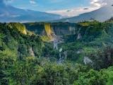 Gambar sampul The Dreamland of Sumatra Tidak Hanya Memiliki Jam Gadang