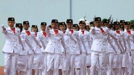 Sorot Balik Para Pengibar Sang Saka Merah Putih di Istana Negara