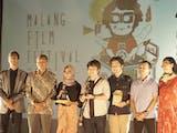 Gambar sampul 4 dari 416 Karya Film Terpilih Sebagai Film Karya Terbaik di Mafi Fest
